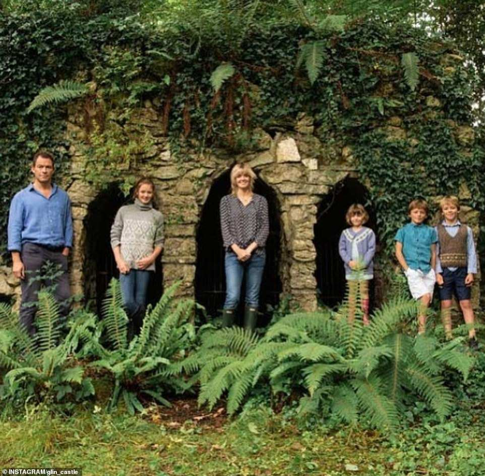 عائلة دومنيك ويست