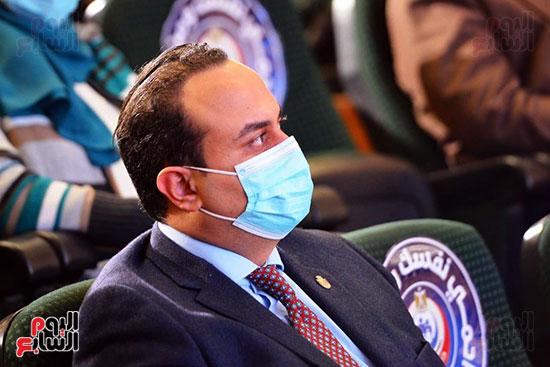 مؤتمر بحضور اللجنة العلمية لمكافحة فيروس كورونا المستجد (21)