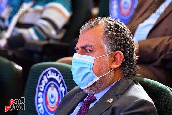 مؤتمر بحضور اللجنة العلمية لمكافحة فيروس كورونا المستجد (5)