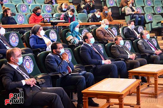 مؤتمر بحضور اللجنة العلمية لمكافحة فيروس كورونا المستجد (42)