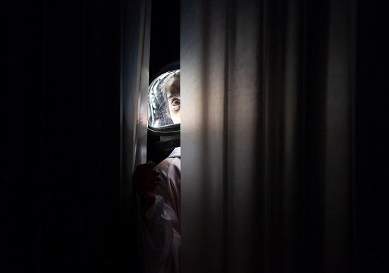 الممثلة الفلسطينية فداء زيدان تشارك في مسرحية عالمية