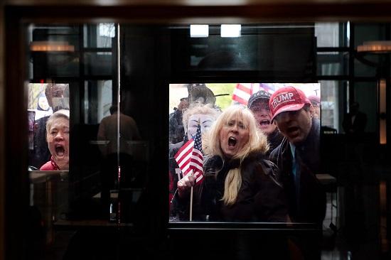 تظاهرات افتح أوهايو الآن ضد اجراءات الحظر بسبب كورونا