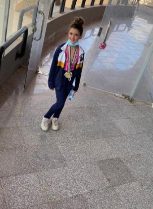 ابنة مصطفى قمر تفوز بالميدالية بالذهبية
