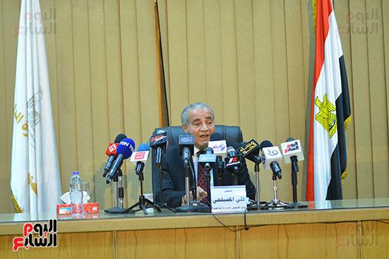مؤتمر وزير التموين (25)