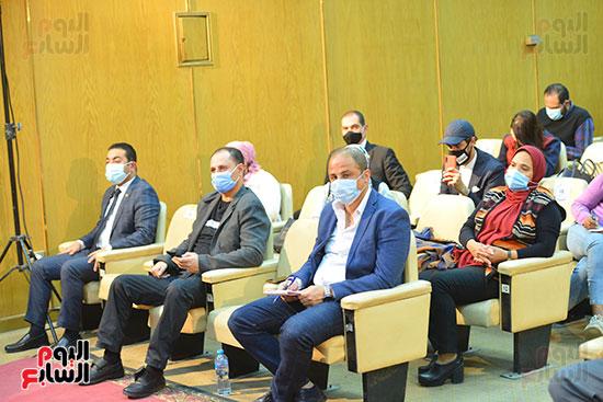 مؤتمر وزير التموين (51)