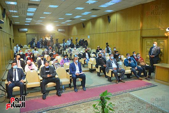 مؤتمر وزير التموين (12)