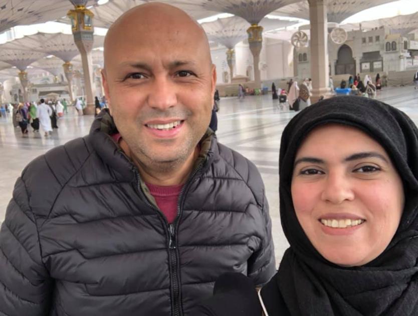 جمال يوسف برفقة زوجته