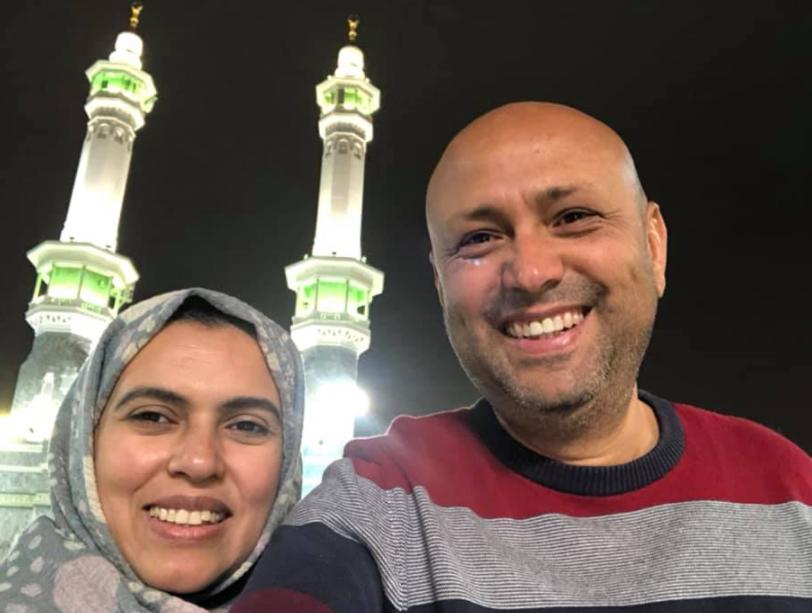 النجم جمال يوسف مع زوجته