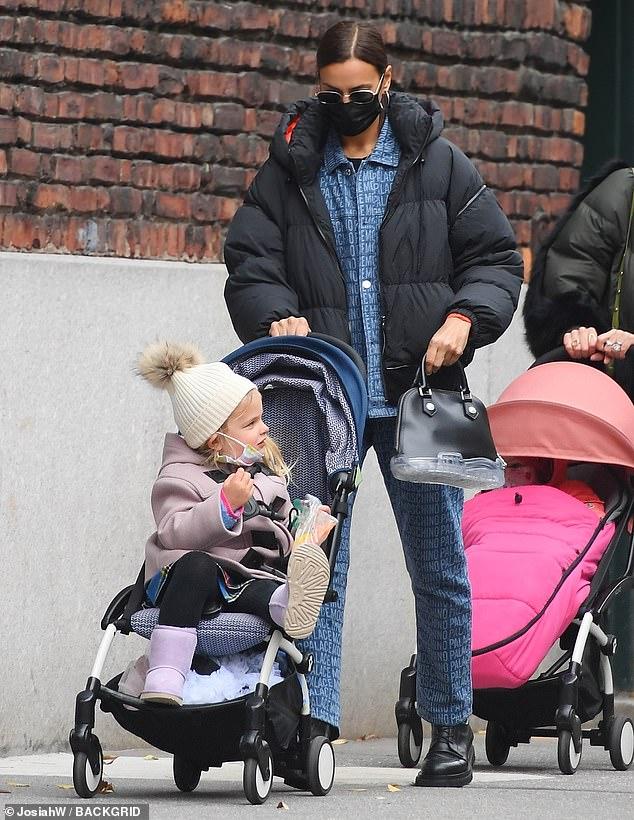 ايرينا  وابنتها ليا(2)