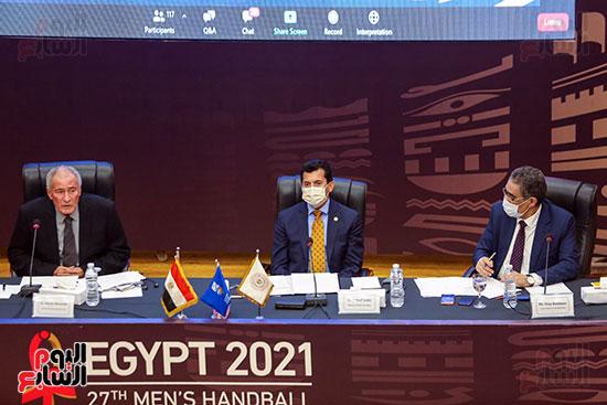 مؤتمر وزير الشباب والرياضة (24)