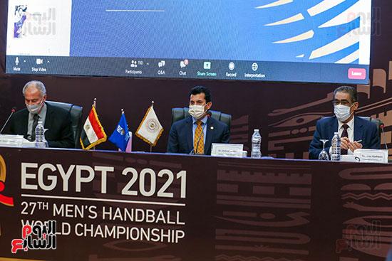 مؤتمر وزير الشباب والرياضة (8)