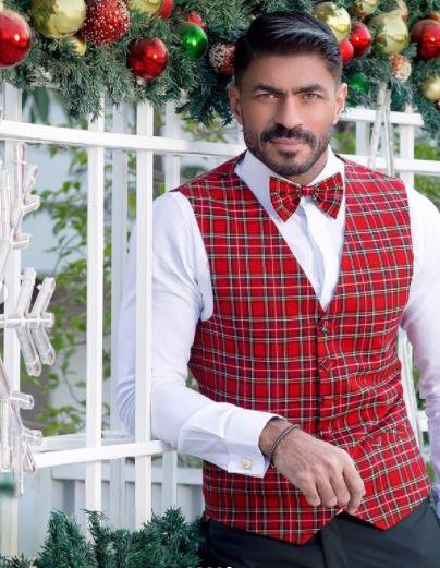 خالد سليم يحتفل بالكريسماس