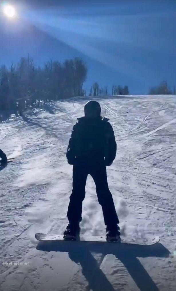 صورة من رحلة تزلج لكايلي وكيندال جينر