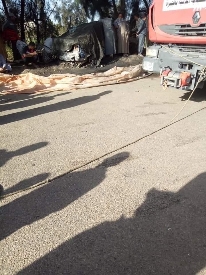 سيارة الحماية المدنية بموقع الحادث