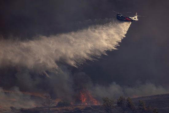 تجدد الحرائق فى غابات كاليفورنيا والنيران تلتهم مساحات واسعة (4)
