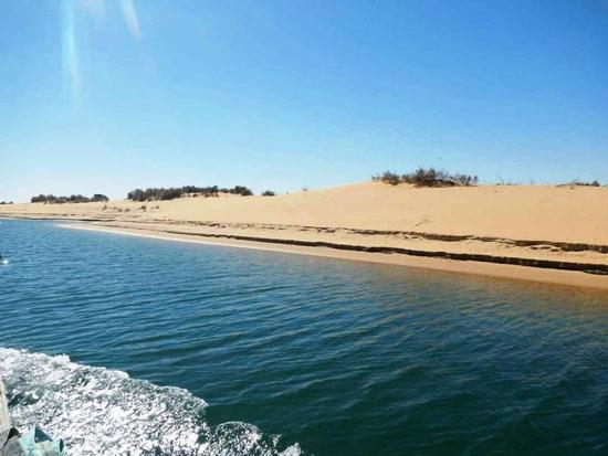 البحيرات الغامضة جمال خلاب فى صحراء الوادى الجديد (5)