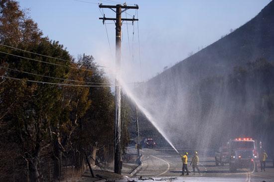 تجدد الحرائق فى غابات كاليفورنيا والنيران تلتهم مساحات واسعة (2)