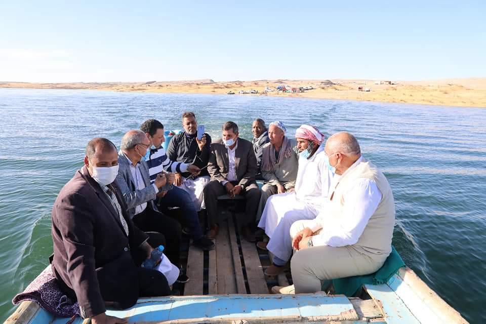 البحيرات الغامضة جمال خلاب فى صحراء الوادى الجديد (2)