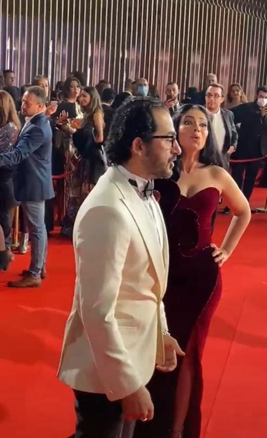 أحمد حلمي وزوجته منى زكي