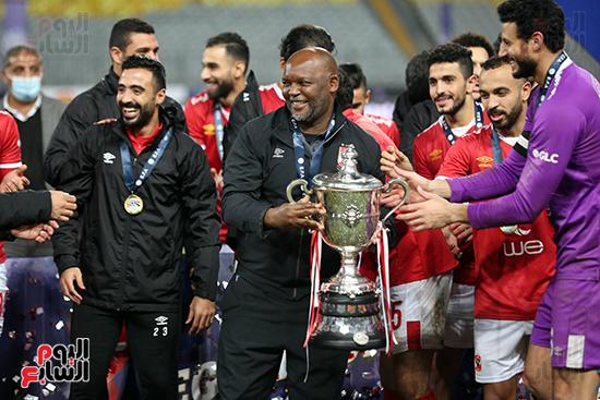 احتفال لاعبى الاهلى بكاس مصر (25)