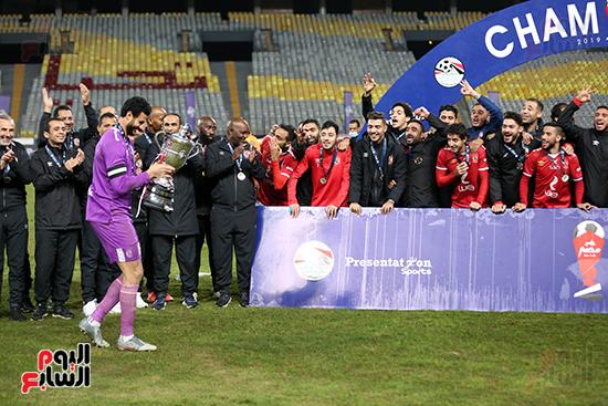احتفال لاعبى الاهلى بكاس مصر (10)