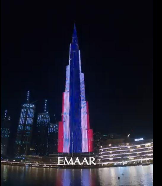 علم تايلاند على برج خليفة