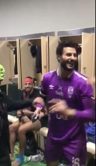 احتفال لاعبي الأهلي بكأس مصر