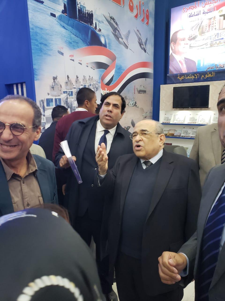 جانب من حفل توقيع كتب الدكتور مصطفى الفقى (4)