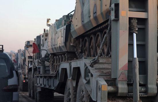 وصول الدبابات إلى إدلب