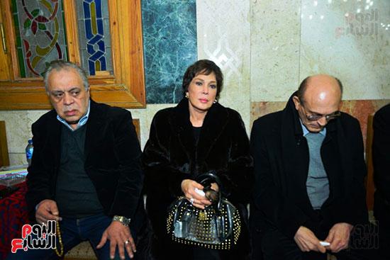 لبلبة واشرف زكى ومحمد صبحى فى عزاء لينين الرملى