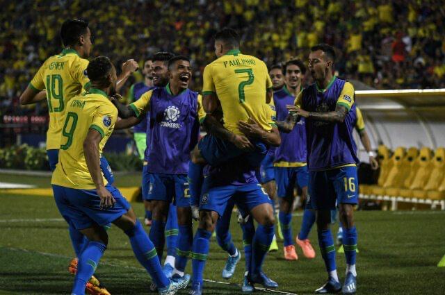 البرازيل تسحق الأرجنتين  (5)