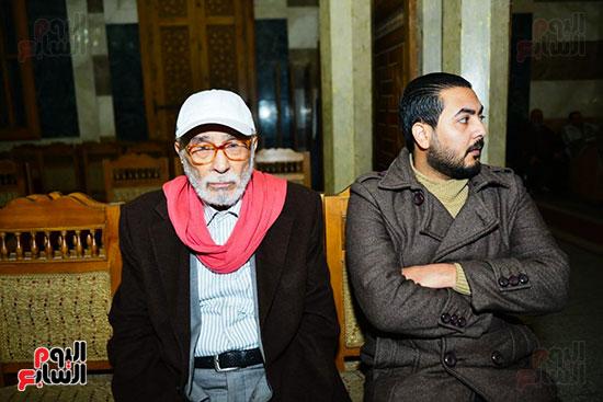 الفنان القدير عبد الرحمن ابو زهرة فى عزاء لينين الرملى