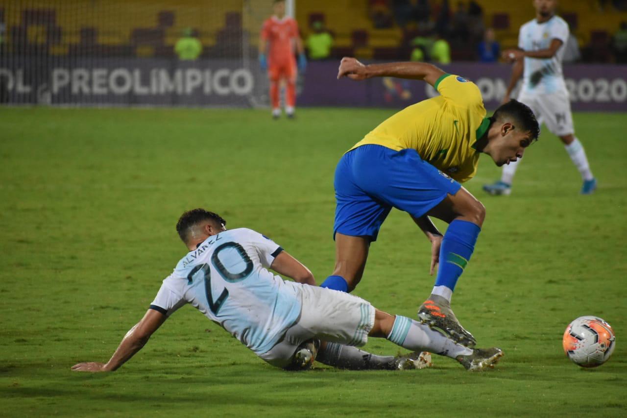 البرازيل تسحق الأرجنتين  (6)