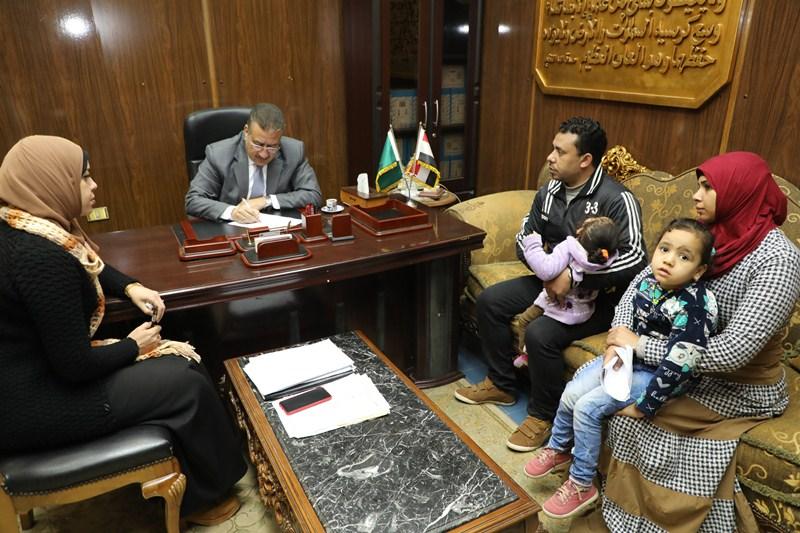لقاء محافظ المنوفية بالمواطنين (3)