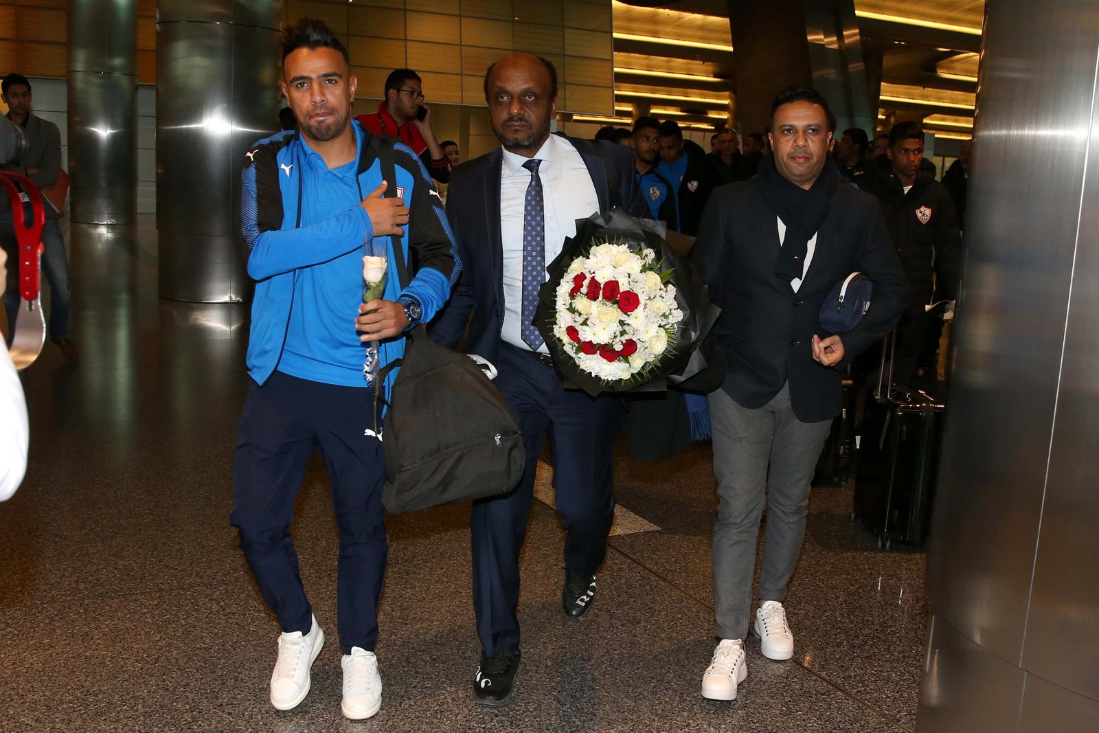استقبال الزمالك بالورود في مطار الدوحة