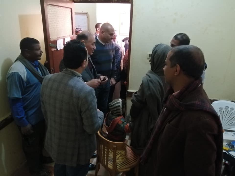 رئيس مدينة الطود في جولة لمتابعة تجهيز مستشفى العديسات التخصصي (4)