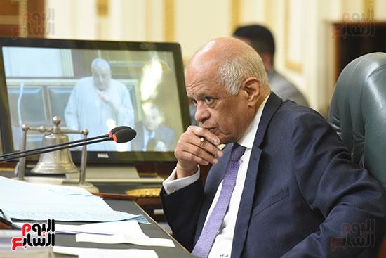 الجلسة العامة بالبرلمان (24)