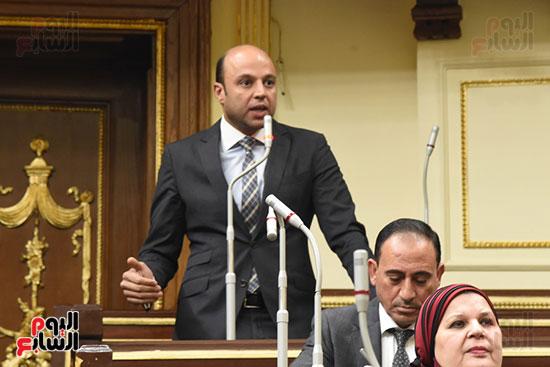 الجلسة العامة بالبرلمان (4)