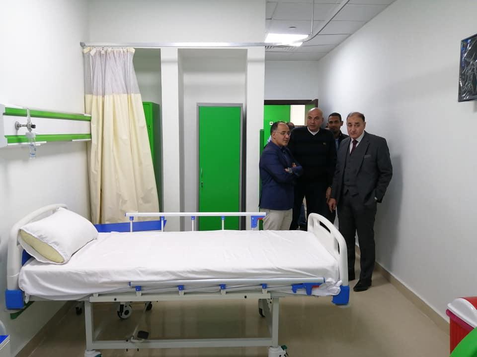 رئيس مدينة الطود في جولة لمتابعة تجهيز مستشفى العديسات التخصصي (1)