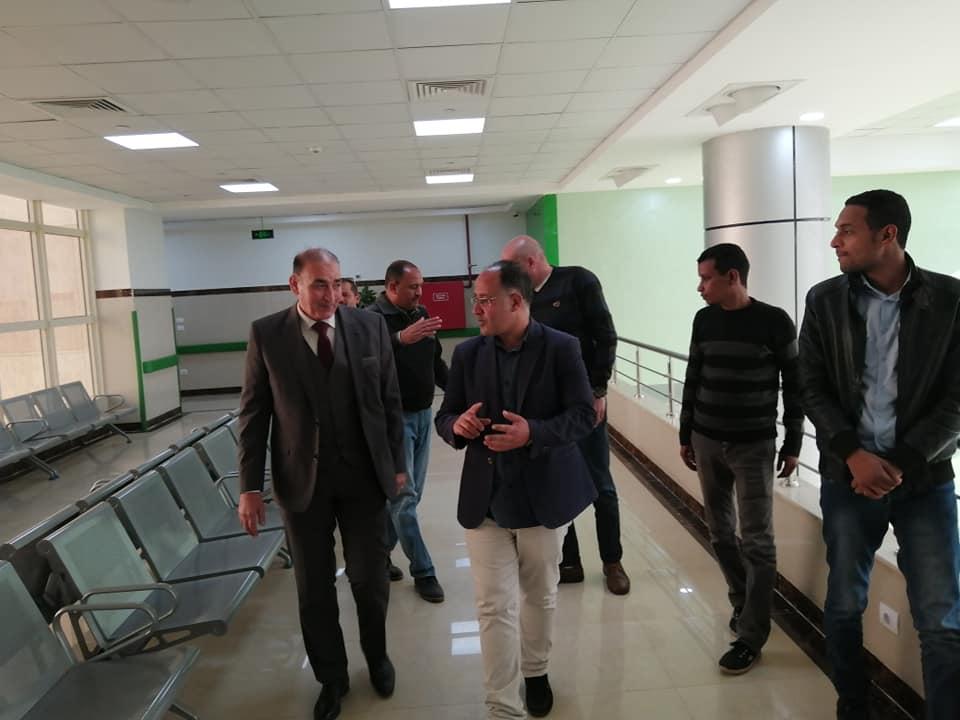 رئيس مدينة الطود في جولة لمتابعة تجهيز مستشفى العديسات التخصصي (5)
