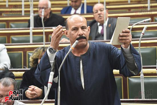 الجلسة العامة بالبرلمان (7)