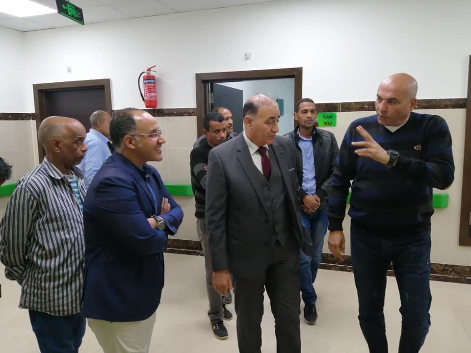 رئيس مدينة الطود في جولة لمتابعة تجهيز مستشفى العديسات التخصصي (3)
