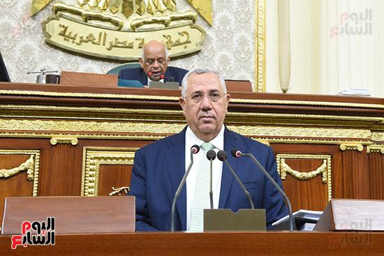 الجلسة العامة بالبرلمان (2)