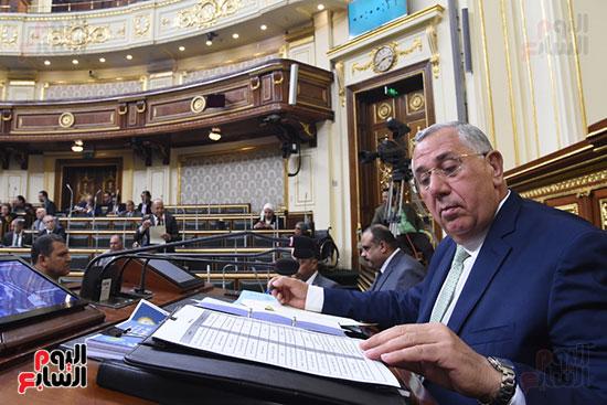 الجلسة العامة بالبرلمان (18)