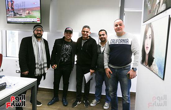 عبد الفتاح عبد المنعم رئيس التحرير التنفيذى مع عمر كمال