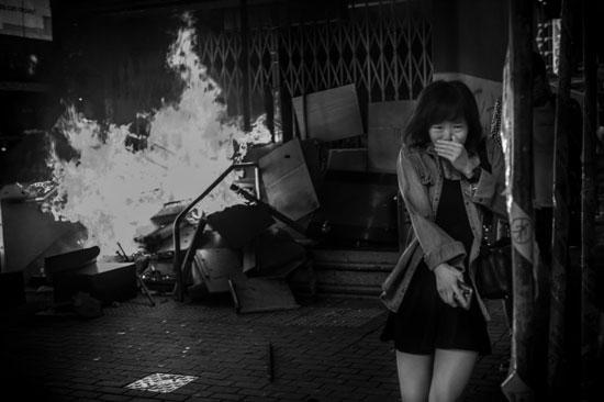معركة على أرض الواقع هونج كونج010 للمصور الامريكى ديفيد بوتو