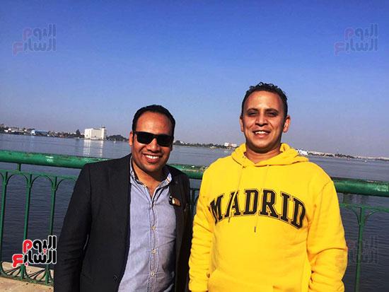 شباب بتحب مصر ينظفون شاطئ بحيرة التمساح بالإسماعيلية (15)
