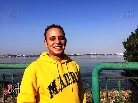 شباب بتحب مصر ينظفون شاطئ بحيرة التمساح بالإسماعيلية (7)