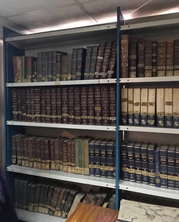 73067-شكل-المجلدات-بالمكتبة