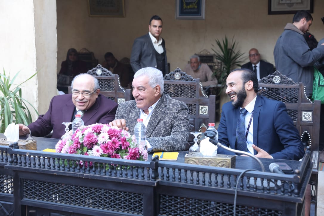 جانب من حفل تكريم الشباب بمركز زاهى حواس (1)